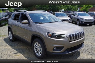 New 2019 Jeep Cherokee LATITUDE 4X4 Sport Utility J31285 in Raleigh, NC