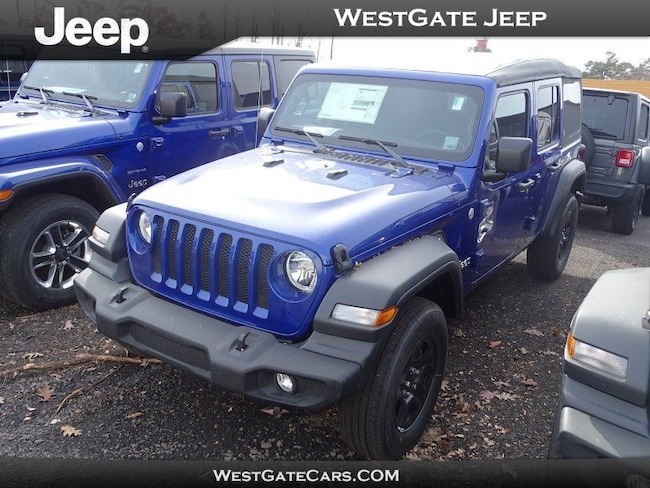New 2018 Jeep Wrangler UNLIMITED SAHARA 4X4 Sport Utility for sale in Raleigh, NC