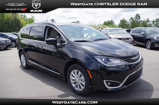 New 2018 Chrysler Pacifica TOURING L PLUS Passenger Van C30648 in Raleigh, NC