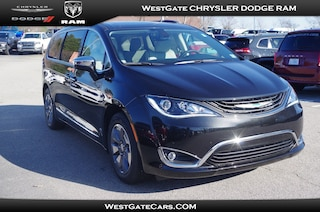 New 2019 Chrysler Pacifica Hybrid LIMITED Passenger Van C32525 in Raleigh, NC