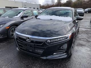 2019 Honda ACCORD TOURING Sedan