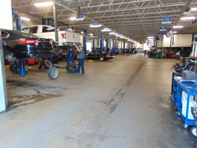 West Herr Ford Amherst >> Car Repair & Service Center in Getzville, NY | West Herr ...