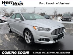 Bargain  2016 Ford Fusion SE Sedan Getzville, NY