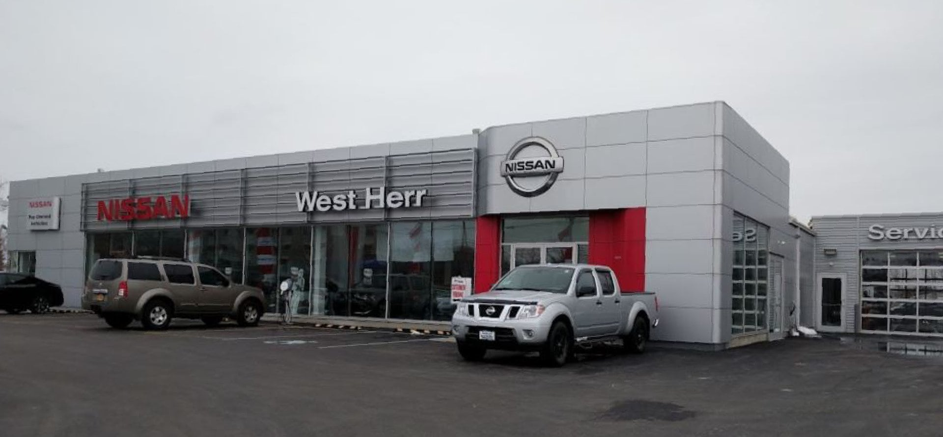 West Herr Nissan of Lockport, dealership exterior