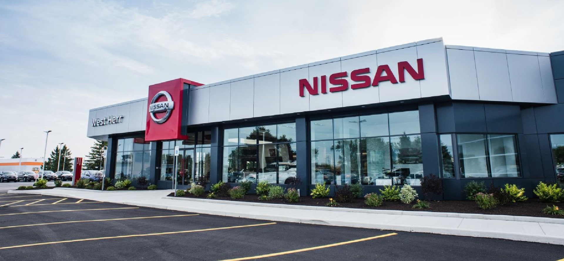 West Herr Nissan of Williamsville, dealership exterior