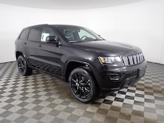 New 2019 Jeep Grand Cherokee ALTITUDE 4X4 Sport Utility JOG191259 near Buffalo, NY