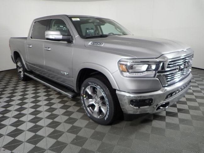 New 2019 Ram 1500 LARAMIE CREW CAB 4X4 5'7 BOX Crew Cab For Sale/Lease Orchard Park, NY