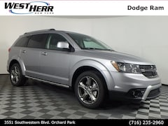 New 2018 Dodge Journey Crossroad SUV near Buffalo