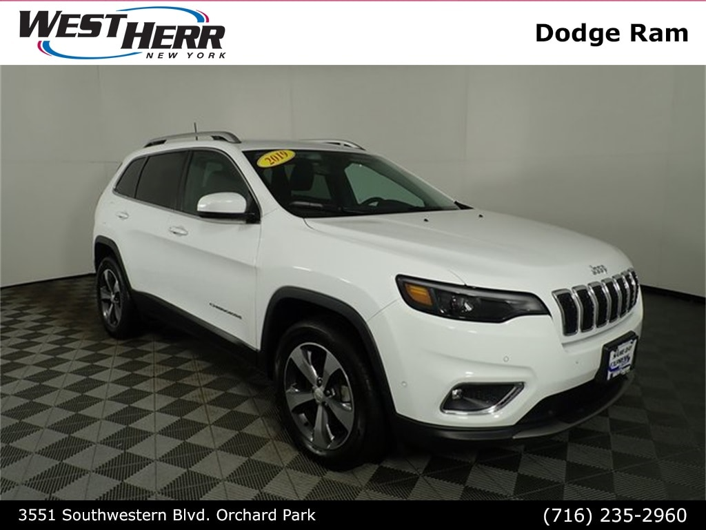 Used 2019 Jeep Cherokee Limited SUV in Orchard Park