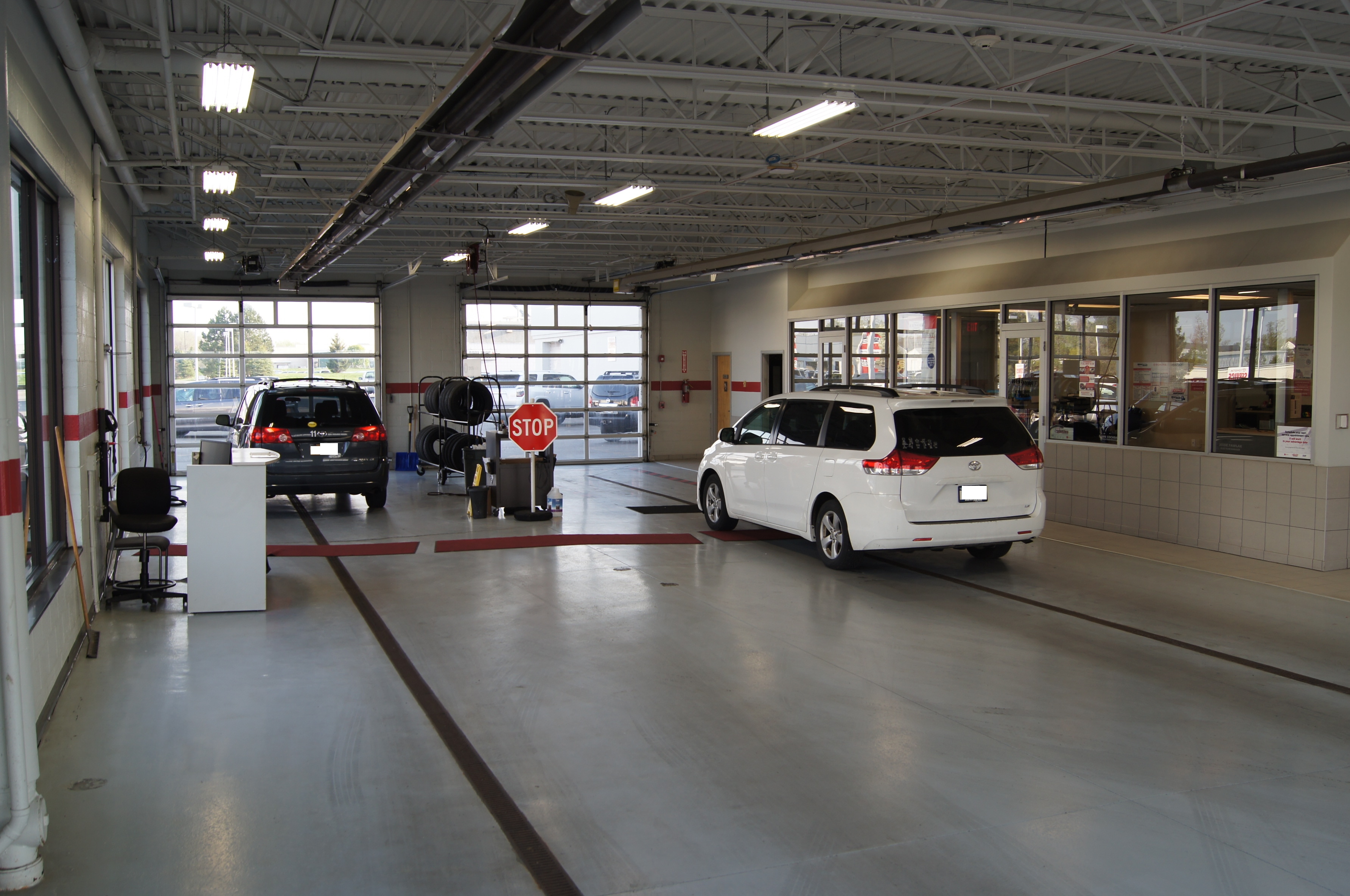West Herr Toyota >> Toyota Scion Service Center Serving Amherst Ny Auto Repairs Oil