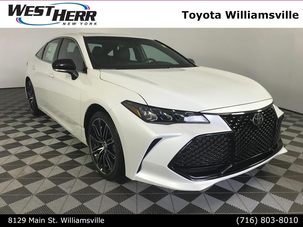 2019 Toyota Avalon Sedan