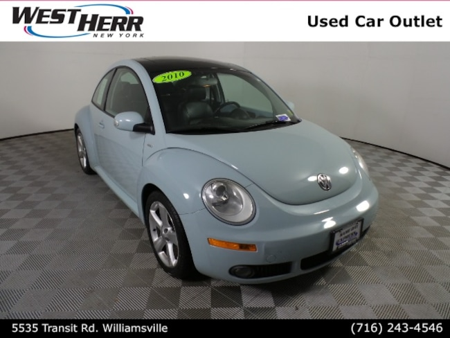 2010 Volkswagen New Beetle 2.5L Hatchback
