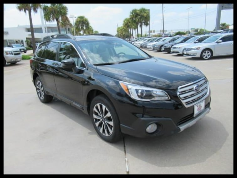 Certified Pre-Owned 2017 Subaru Outback 2.5i Limited SUV R127 in Houston, TX