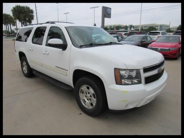 Used 2009 Chevrolet Suburban 2WD  1500 LT w/1LT SUV V1146A in Houston, TX