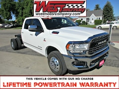 2019 Ram 3500 Chassis Limited Crew Chassis Cab