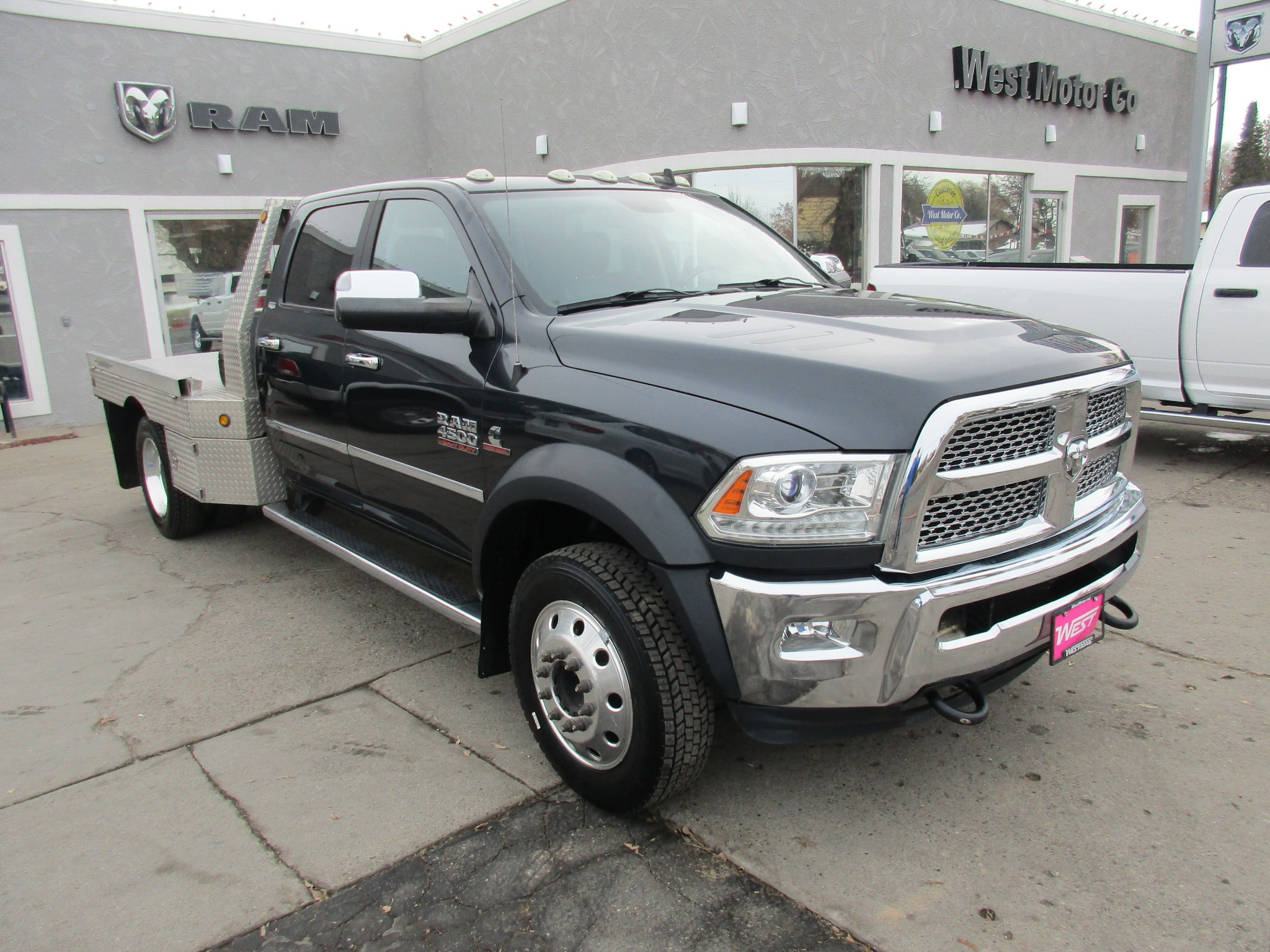 2015 Ram 4500 Chassis Crew Chassis Cab