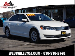 2013 Volkswagen Passat 2.5L S w/Appearance Package/PZEV Sedan