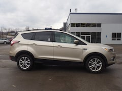 2018 Ford Escape SE AWD SE  SUV 1FMCU9GD0JUA74409 for sale in Wheeling, WV