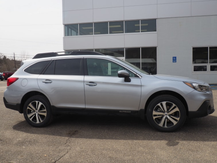 New 2019 Subaru Outback 3.6R Limited SUV for sale in Wheeling, WV