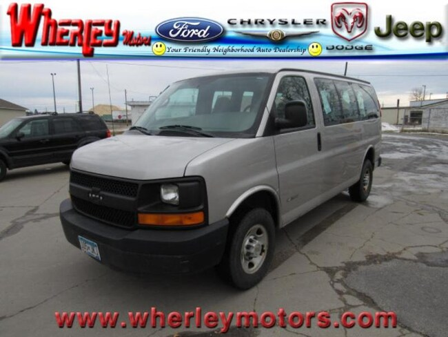 2005 Chevrolet Express 2500 Passenger Van