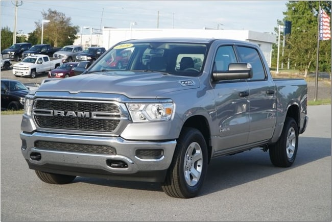 New 2019 Ram 1500 TRADESMAN CREW CAB 4X4 5'7 BOX Crew Cab In Roanoke Rapids