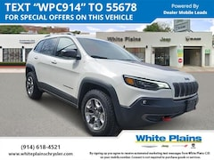 2019 Jeep Cherokee Trailhawk 4x4 Sport Utility UE16694 for sale at White Plains Chrysler Jeep Dodge in White Plains, NY