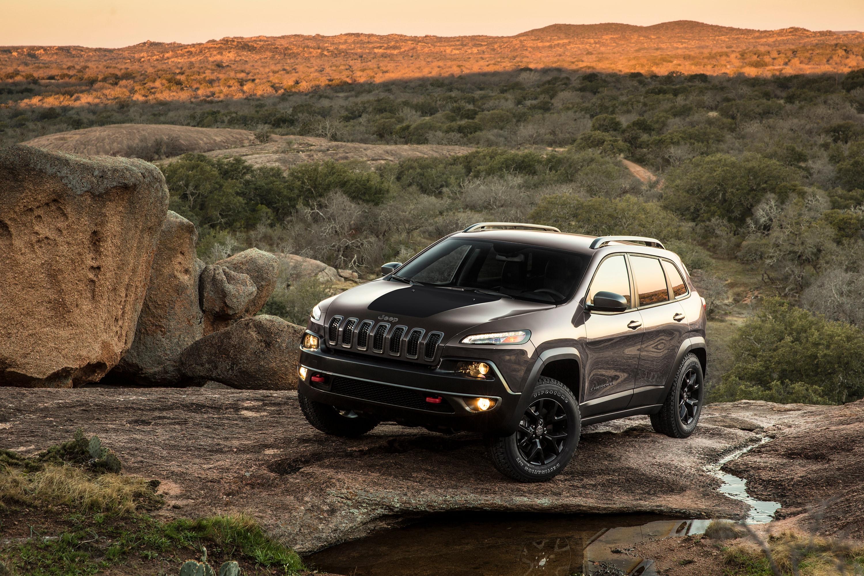 2018 Jeep Cherokee White Plains Chrysler Dodge Sport Fuel Filter The