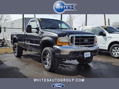 2000 Ford Super Duty F-350 SRW Reg Cab 137 XL 4WD Truck