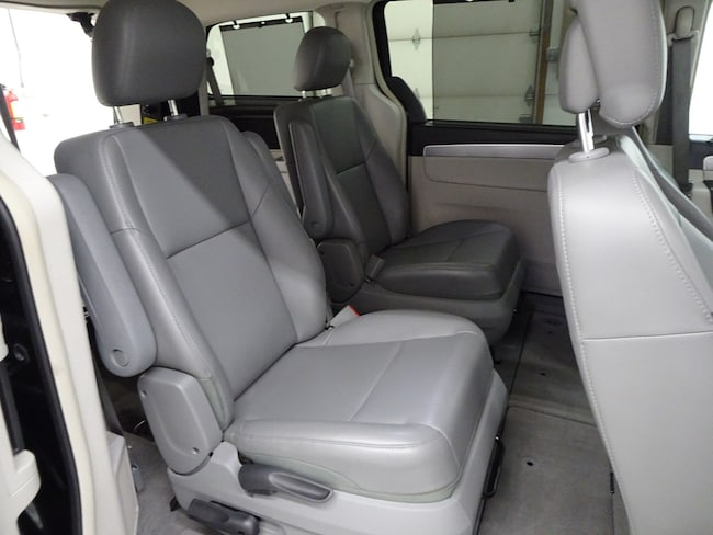 Used 2014 Volkswagen Routan For Sale at Whitewater Motors