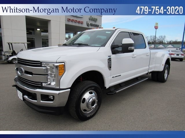 2017 Ford F-350 Lariat Super Duty Crew Cab Long Bed Truck