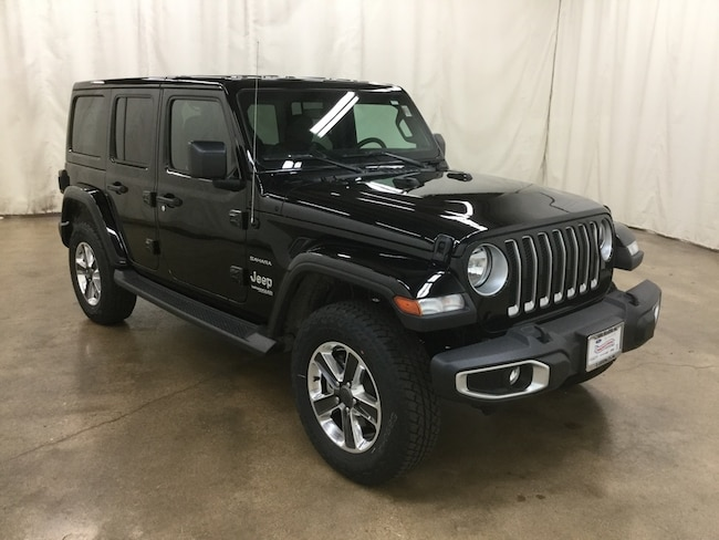 New 2018 Jeep Wrangler UNLIMITED SAHARA 4X4 Sport Utility Barrington IL