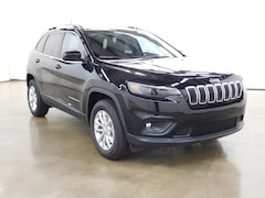 New 2019 Jeep Cherokee LATITUDE 4X4 Sport Utility Barrington Illinois