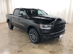 New 2019 Ram 1500 LARAMIE CREW CAB 4X4 5'7 BOX Crew Cab Barrington Illinois