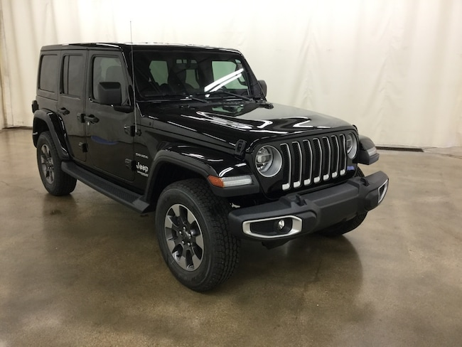 New 2018 Jeep Wrangler UNLIMITED SAHARA 4X4 Sport Utility Barrington IL