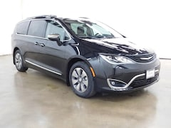New 2018 Chrysler Pacifica Passenger Van Barrington Illinois