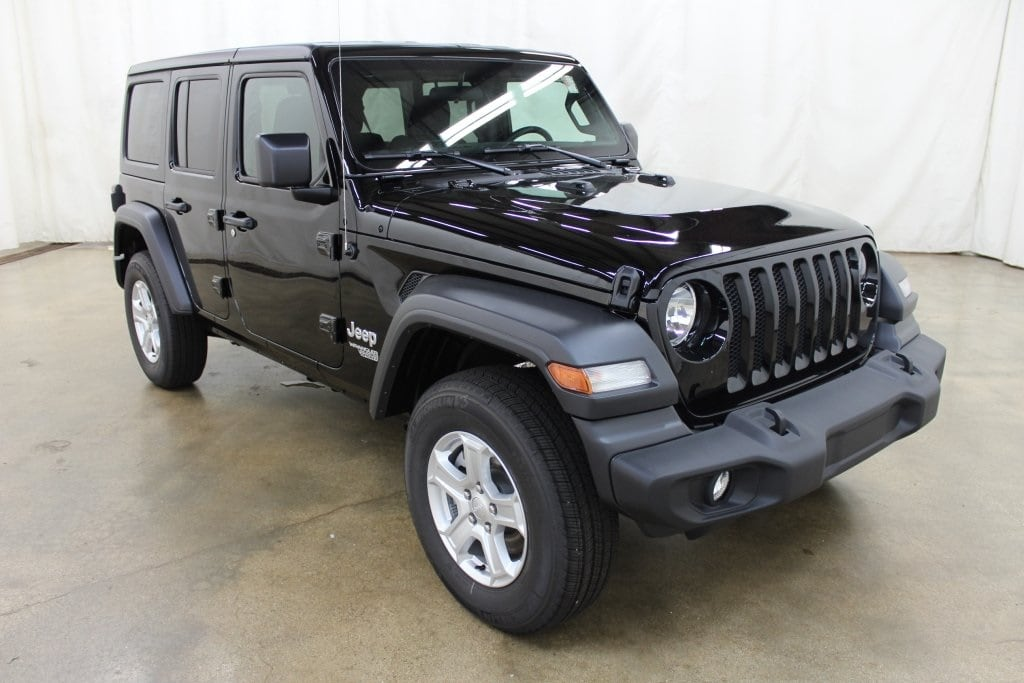 Used 2018 Jeep Wrangler Unlimited Sport 4x4 SUV Barrington Illinois