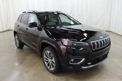 New 2019 Jeep Cherokee OVERLAND 4X4 Sport Utility Barrington Illinois