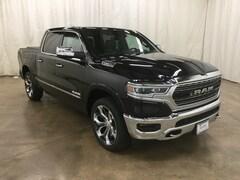 New 2019 Ram 1500 LIMITED CREW CAB 4X4 5'7 BOX Crew Cab Barrington Illinois