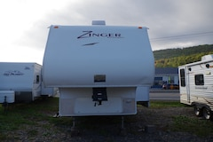 2008 Zinger By Crossroads 25bh