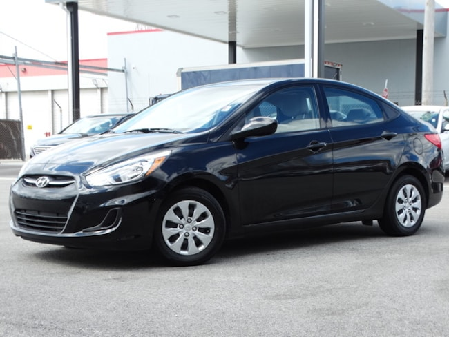 Used 2017 Hyundai Accent Sedan Near Chicago