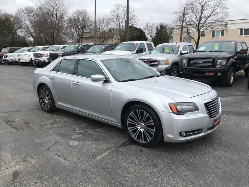 2012 Chrysler 300 S V8 Sedan