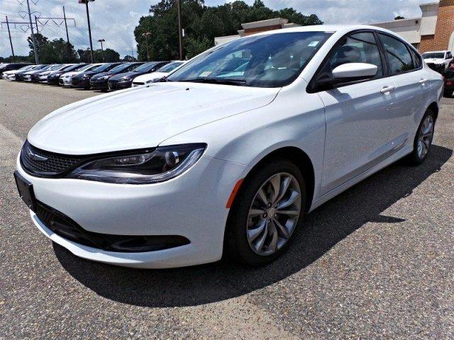 2016 Chrysler 200 S AWD Sedan