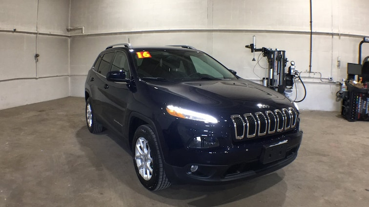 Used 2016 Jeep Cherokee Latitude 4WD  Latitude for sale in Sayre, PA