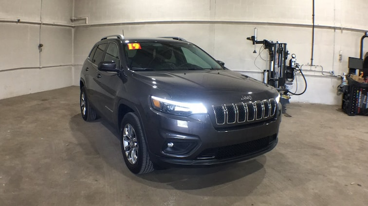 Used 2019 Jeep Cherokee Latitude Plus Latitude Plus 4x4 for sale in Sayre, PA