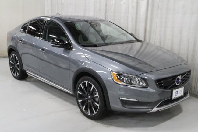 Used 2016 Volvo S60 Cross Country T5 Platinum Sedan For Sale Des Moines, IA
