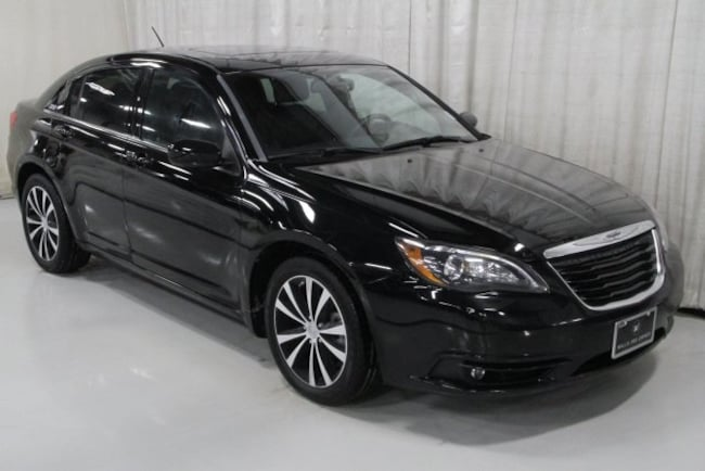 Used 2011 Chrysler 200 S Sedan For Sale Des Moines, IA