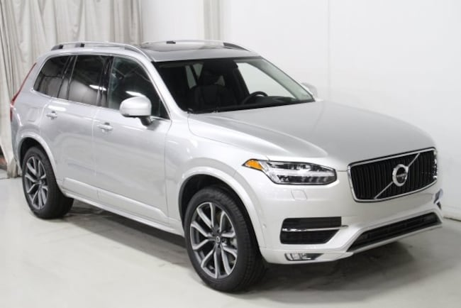 New 2019 Volvo XC90 T6 Momentum SUV V197059 in Des Moines, IA