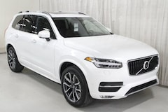 New 2019 Volvo XC90 T6 Momentum SUV V197018 in Des Moines, IA
