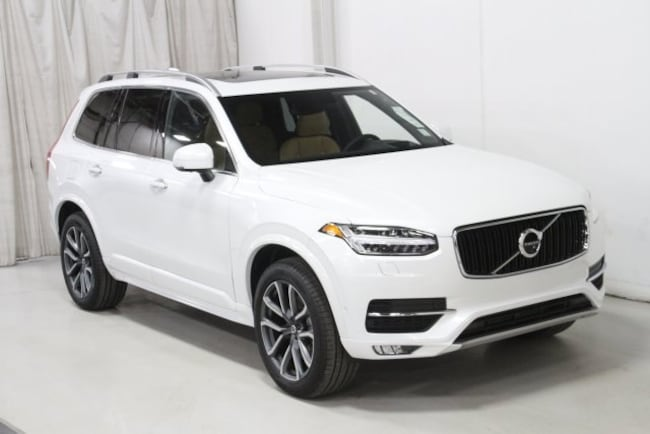 New 2019 Volvo XC90 T6 Momentum SUV V197049 in Des Moines, IA