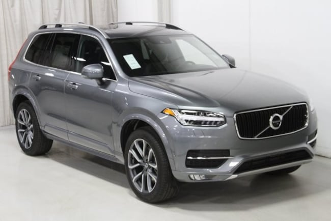 New 2019 Volvo XC90 T6 Momentum SUV V197048 in Des Moines, IA